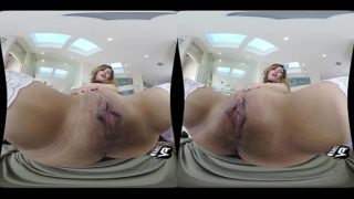 VR – Lace & Tight Spaces